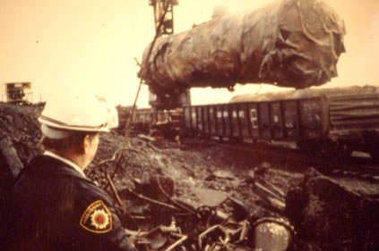 1979 Mississauga Train Derailment image from http://www.mississauga.ca/ecity/popup/largeImageView.jsp?imageId=58600023&index=0