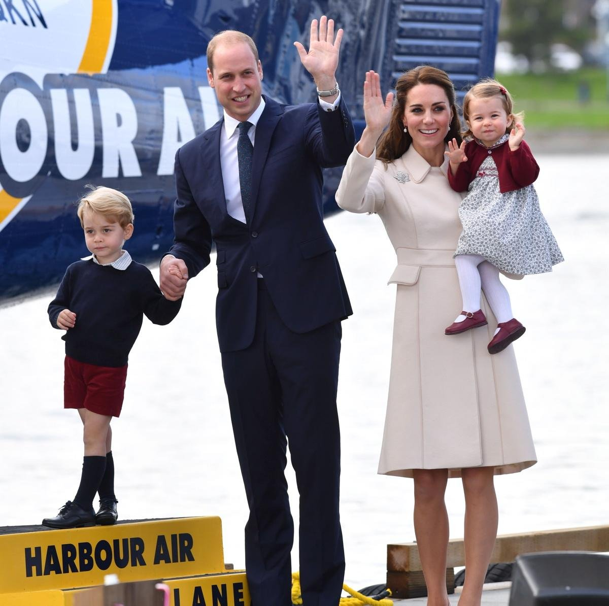 2016 Royal Tour Canada Duke and Duchess of Cambridge Google image from http://assets.nydailynews.com/polopoly_fs/1.2814690.1475423907!/img/httpImage/image.jpg_gen/derivatives/gallery_1200/2016-royal-tour-canada-duke-duchess-cambridge-victoria.jpg