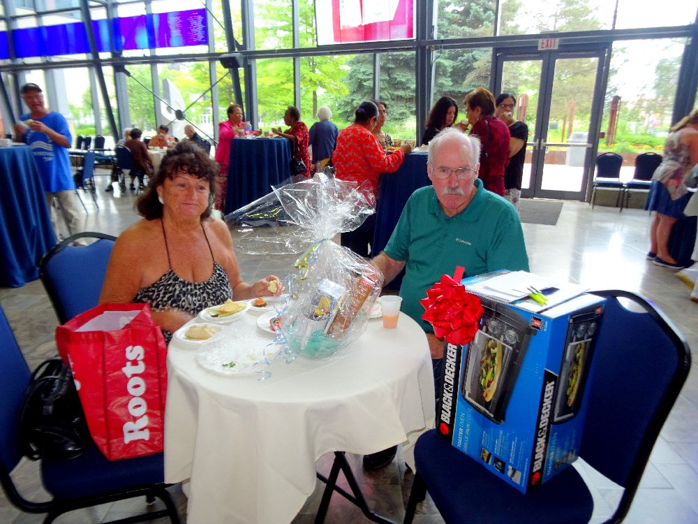 Marilyn and Bill, Door Prize Winners, LAC, June 18, 2018 Photo by I Lee