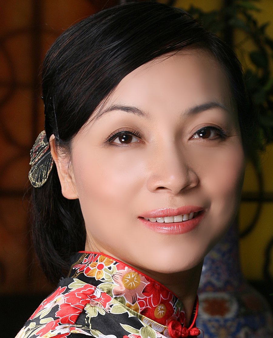 Anna Yin Mississauga Poet Laureate Google image from http://www.aipf.org/images/aipf/Festival/2015/FEATURES/YinPic1.jpg