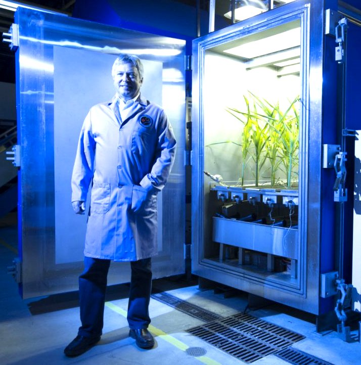 Dr. Michael Dixon Google image from https://www.thestar.com/news/world/2015/10/05/guelph-scientist-learning-to-grow-crops-on-mars.html