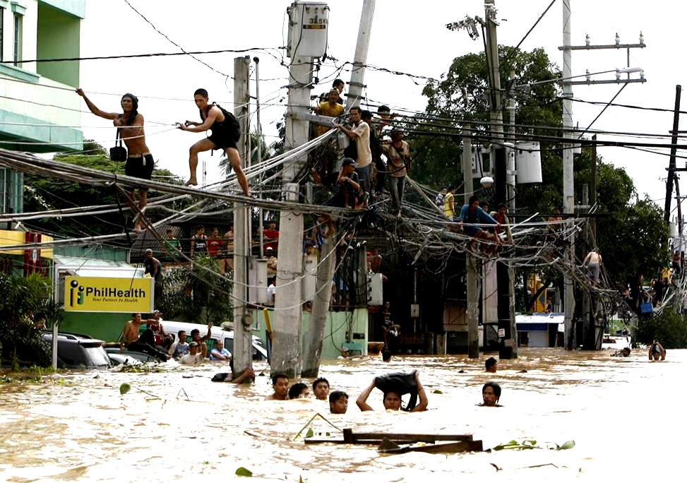 Flood in the Philippines 26 September 2009 Google image from http://3.bp.blogspot.com/-IWtLiEFUPmU/Toc7GYdVBjI/AAAAAAAAC3I/6cRaegAwrO4/s1600/manila-philippines-flood-welcome-to-the-jungle-post-wiring-bride-funny-photos-pinoy.jpg