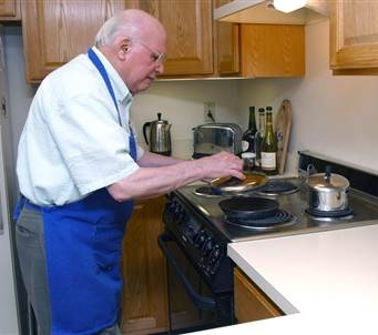 Frank Binette age 86 cooking in his kitchen Google image from http://msnbcmedia2.msn.com/j/msnbc/Components/Photos/040527/040527_elderly_cooking_hmed.grid-6x2.jpg