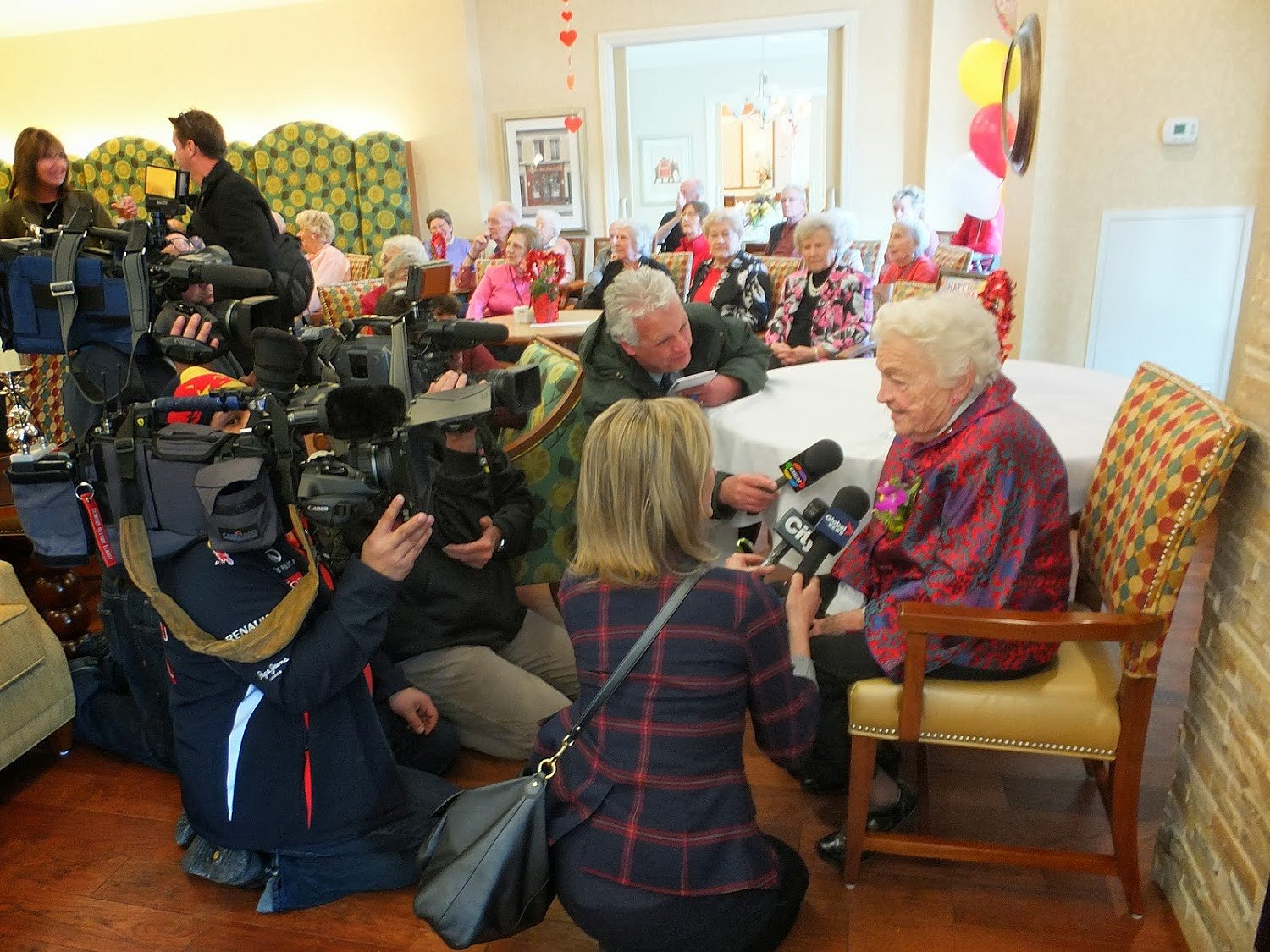 Mayor Hazel McCallion being interviewed by CHCH, City TV, Global News at Walden Circle, Photo by I Lee, Feb. 14, 2014