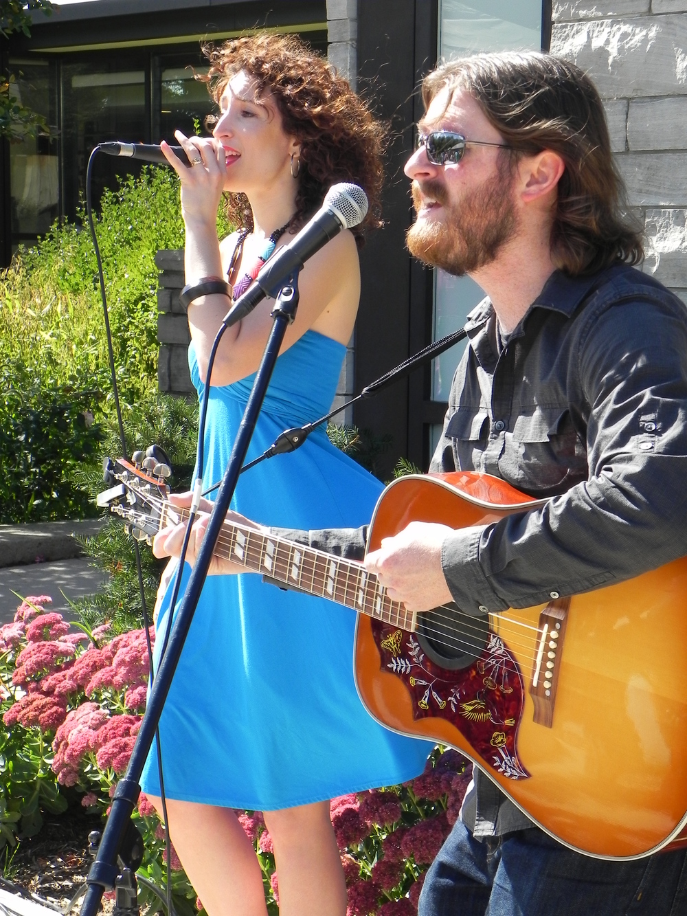 Heather Christine and Matt Zaddy Google image from https://www.modernmississauga.com/main/2016/6/9/modern-arts-river-north-mississaugas-masterful-musical-duo
