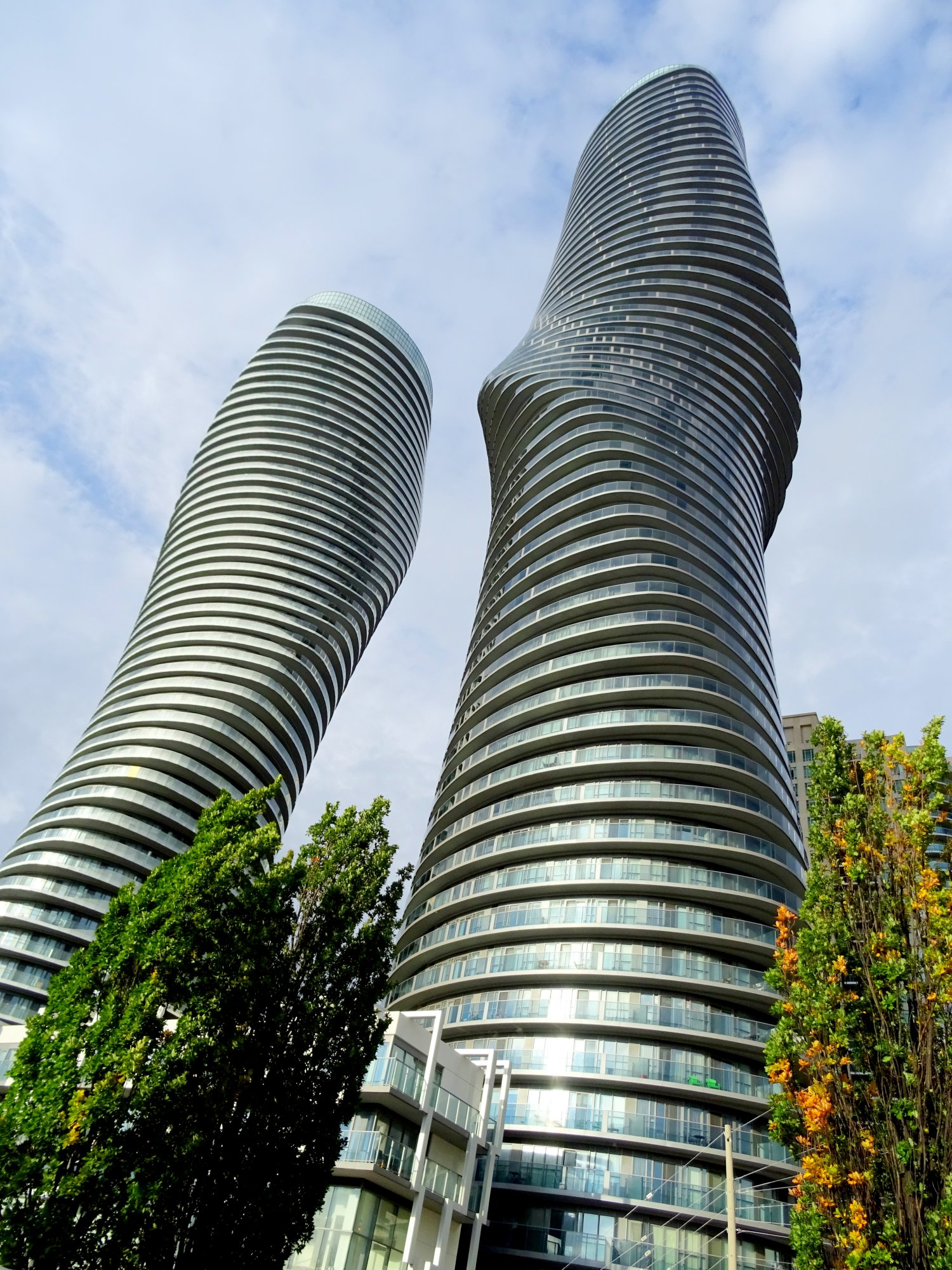 Marilyn Monroe Buildings photo by I Lee, 16 Oct 2016