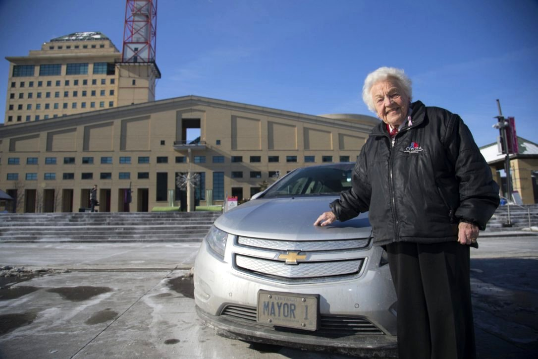 Mayor 1 Hazel McCallion with her Chevrolet in Front of Mississauga City Hall 14 Feb 2014 Google image from https://www.thestar.com/news/city_hall/2014/02/14/at_93_dynamic_hazel_mccallion_is_one_in_a_million.html
