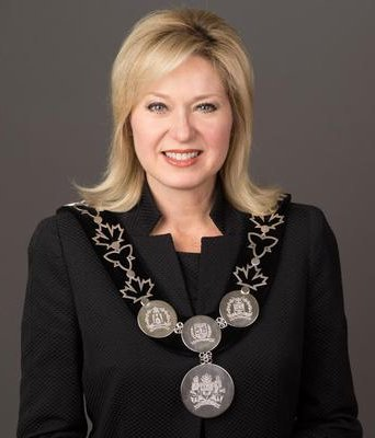 Mayor Bonnie Crombie Google image from https://pbs.twimg.com/profile_images/540133368717795328/vvdR0fLy_400x400.jpeg