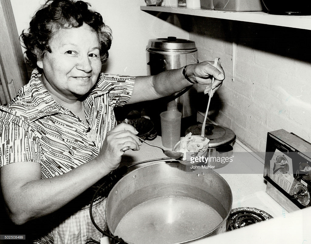 Millie Redmond in the Kitchen 20 July 1979. Photo credits: John Mahler, Getty Images