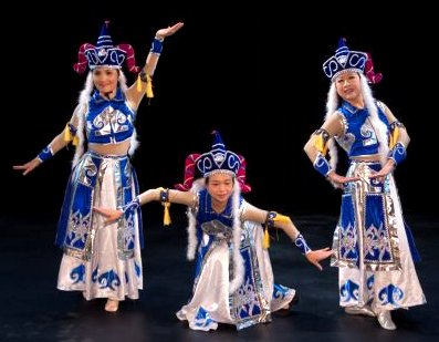 Chinese Dance Google image from http://culturedays.ca/en/2015-activities/view/55db8332-7bb0-4bfc-bec7-76444c4a89be