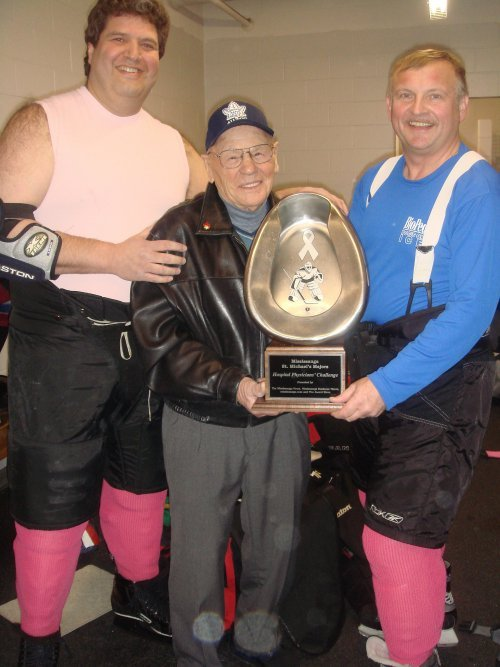 Dr. Zajdman, Johnny Bower and Dr. Kujtan at Docs On Ice 2008