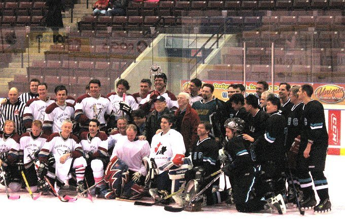 Docs On Ice 2008 Team Picture of All Participating Doctors and Celebrities