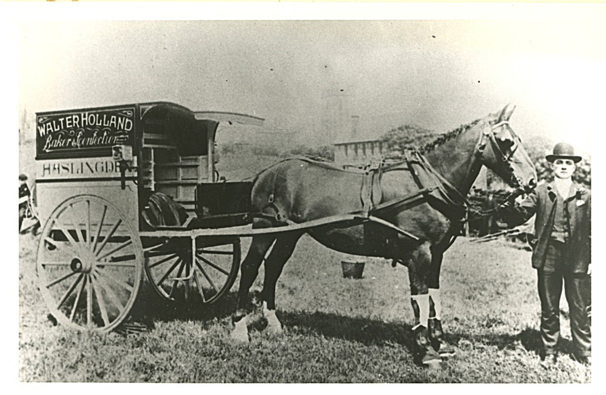 Early Delivery Van of Walter Holland - Horse Drawn Wagon Google image from haslingdens.blogspot.com