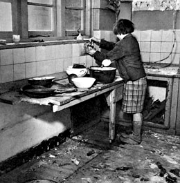 Hunger Winter Lady in Kitchen Google image from http://www.badpennybook.com/images/Hunger-Winter.jpg