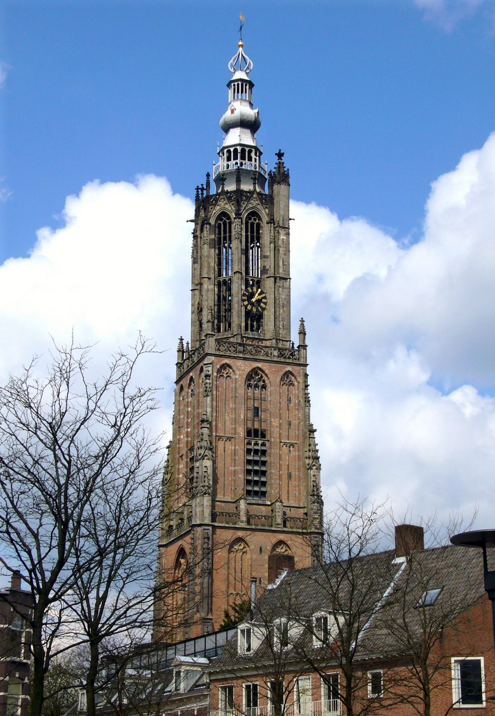 Amersfoort St. Mary's Tower Google image from http://c1038.r38.cf3.rackcdn.com/group4/building37500/media/0bn2fmj.jpg