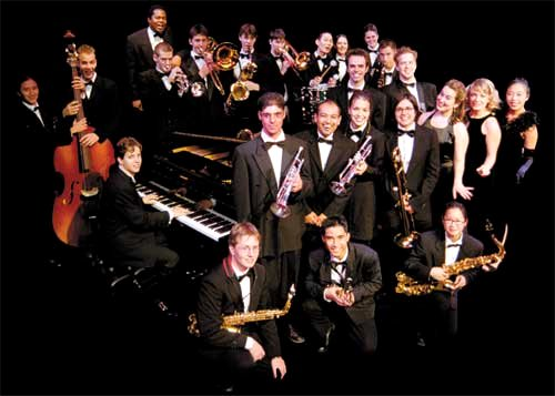 Toronto All-Star Big Band Google image from http://www.torontoallstarbigband.com/group/images/photo_tabb.jpg