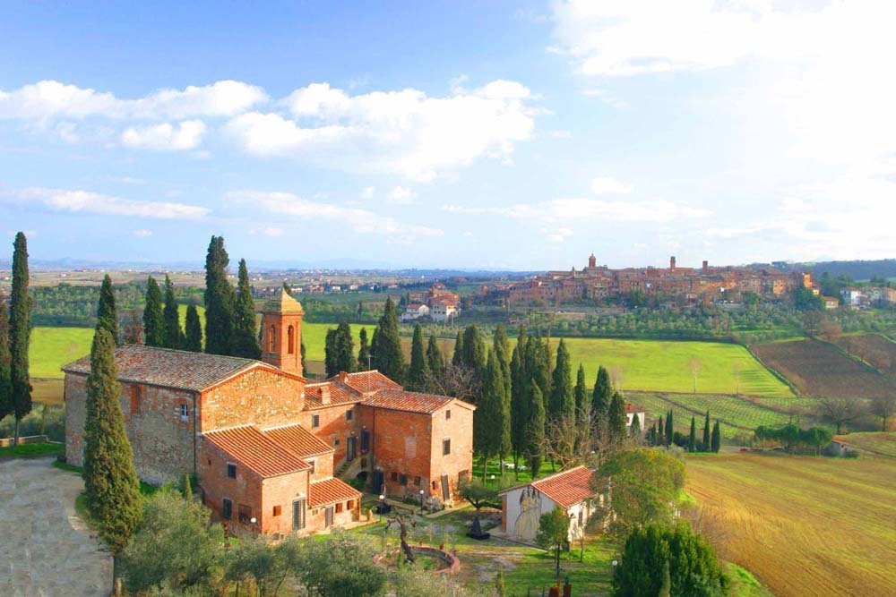 Tuscany Google image from http://www.noambit.com/wp-content/uploads/Antica-Dimora-Residenza-DArte-outisde.jpg -