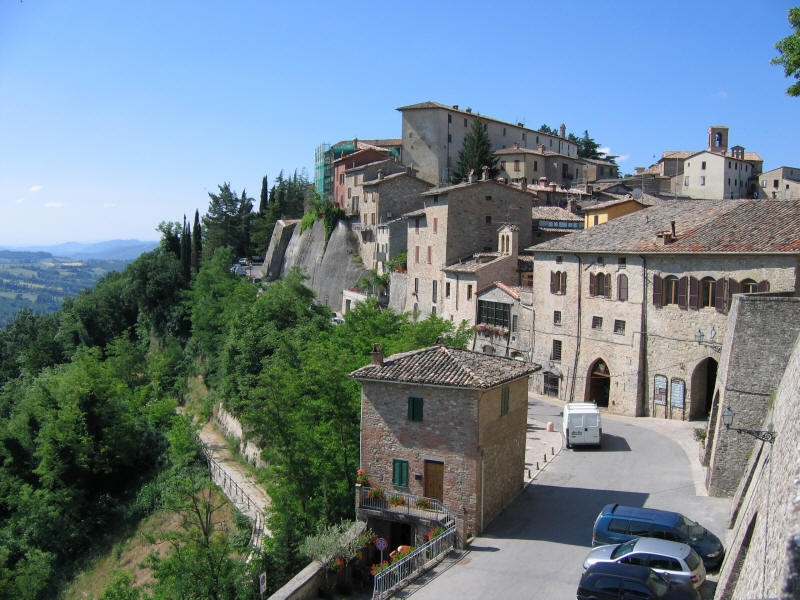Umbria Google image from http://www.travels.tl/wp-content/uploads/2011/11/Montone-Umbria-Italy.jpg